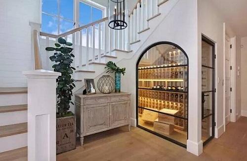 没有豪宅也能有的创意酒窖
