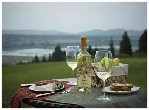 夏至将至,该如何饮葡萄酒?