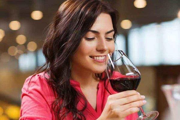 葡萄酒不可缺少的骨架——单宁