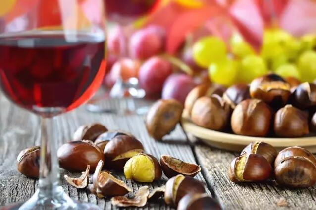 几个窍门减少葡萄酒对牙齿的色素沉淀