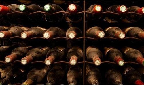 恒温恒湿酒窖里适合收藏什么葡萄酒?