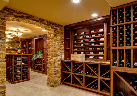 如何设计私人红酒房