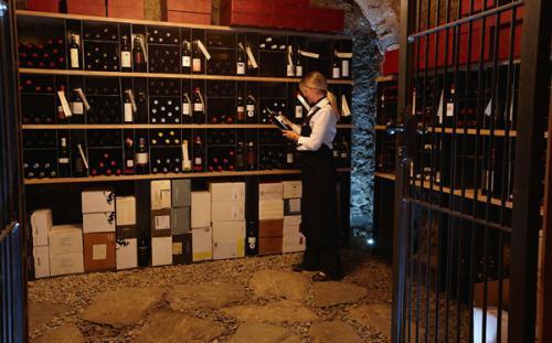 探索那么几个世界神奇的酒窖