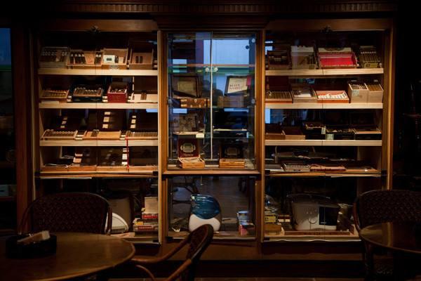 私人恒温恒湿雪茄柜的选择