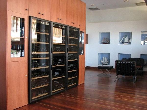 冰箱可以替代酒柜吗?