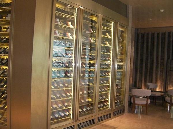 高端定制家居恒温不锈钢酒柜