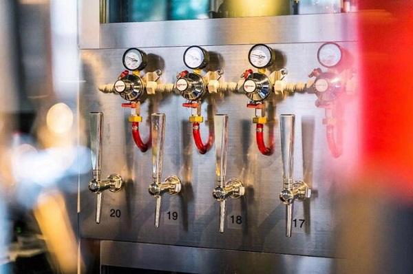 華廷為夢想釀造定制精釀啤酒恒溫酒柜