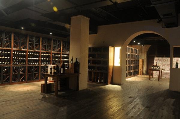 中国酒窖,绝不只是卖酒的地方