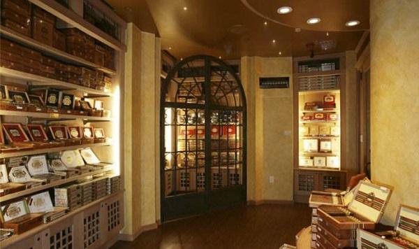 雪茄房设计的奢华配置