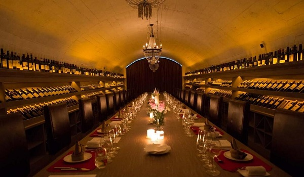 天然酒窖和人工酒窖相比的优势