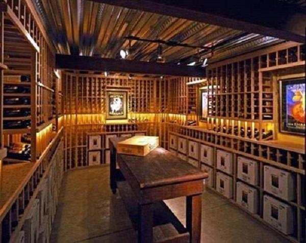 私人酒窖建造墙面防潮简介