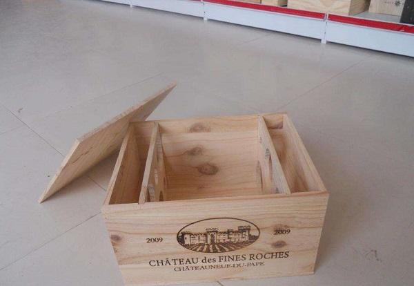 放葡萄酒的木箱,也可以設計哦!