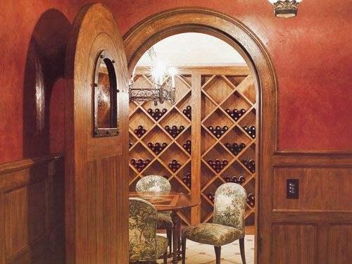 整体酒窖设计中酒窖门的选择