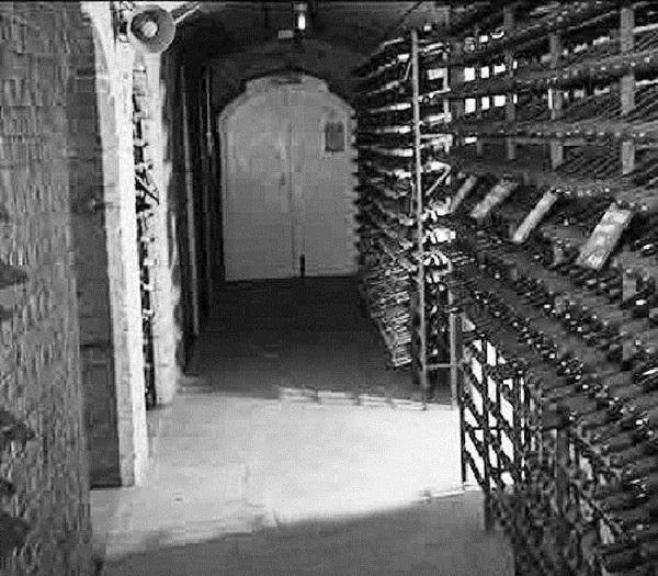 英国女王的百年酒窖
