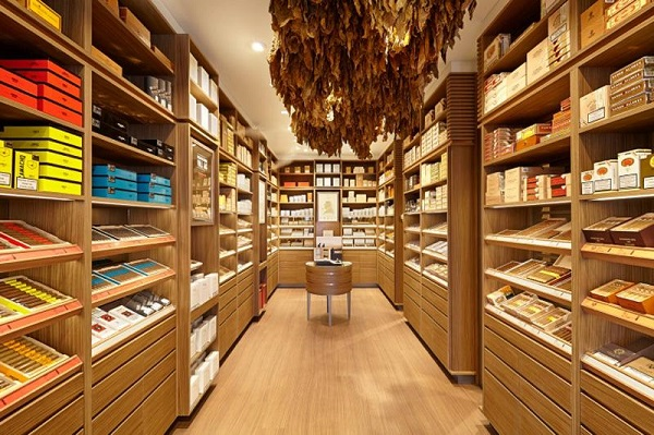 恒温恒湿雪茄房、雪茄柜用什么实木好?