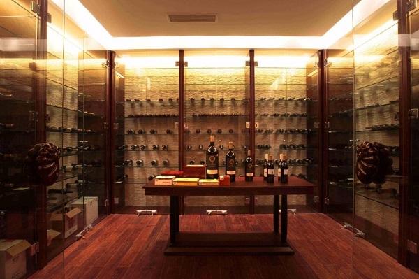 红酒房展示