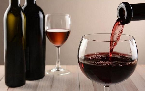 九九重阳,品一杯时光酿造的葡萄酒