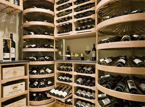 爱酒的你会找条件定制家庭私人酒窖吗?