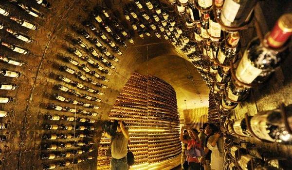 日益增长的白酒酒窖需求