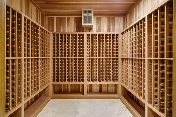 """轻松自建""""穷人""""葡萄酒酒窖"""
