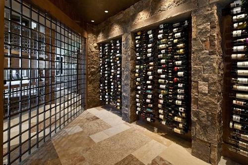 酒窖陈年的葡萄酒,开瓶后为什么要醒酒?