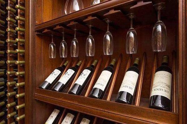 酒窖陈年会影响葡萄酒香气的因素