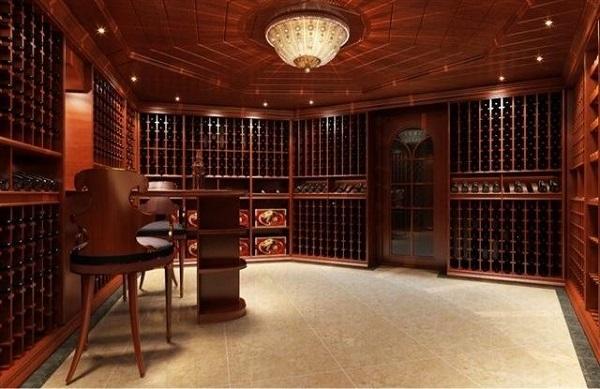 什么葡萄酒適合在酒窖中陳年呢?
