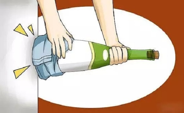 红酒除了开瓶器,还能这样开?