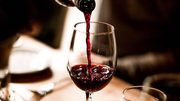 火锅和红酒才是真爱,而且还需要这样搭配
